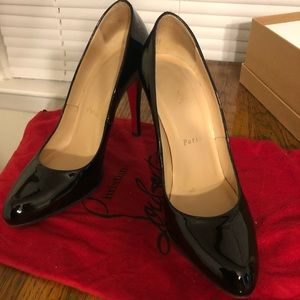 Christian Louboutin Decollette Sz 38